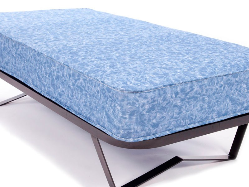 Iris waterproof mattress